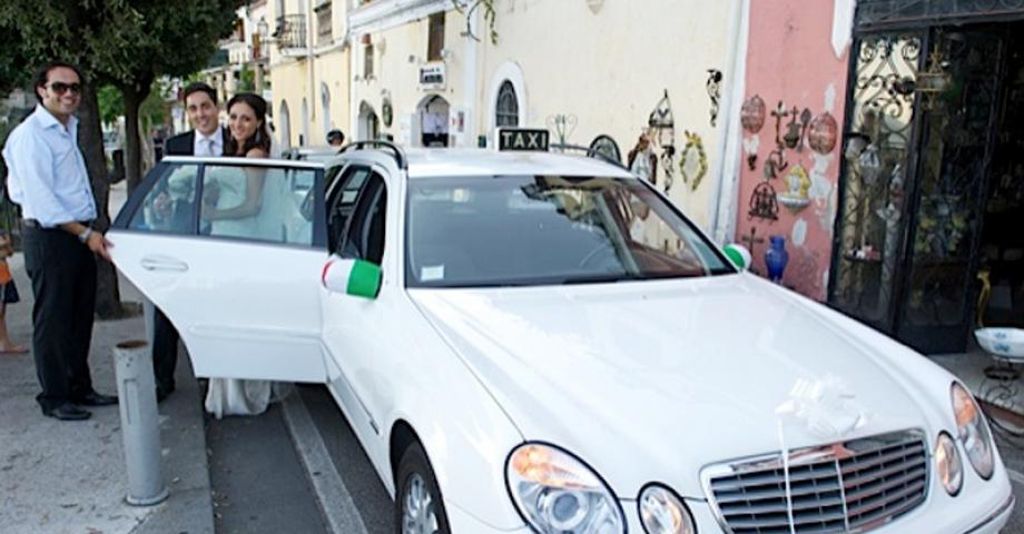 wedding in Positano with positanotonytaxi